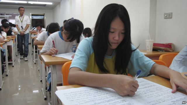 Preparing for College: Tips for High School Students taiwan