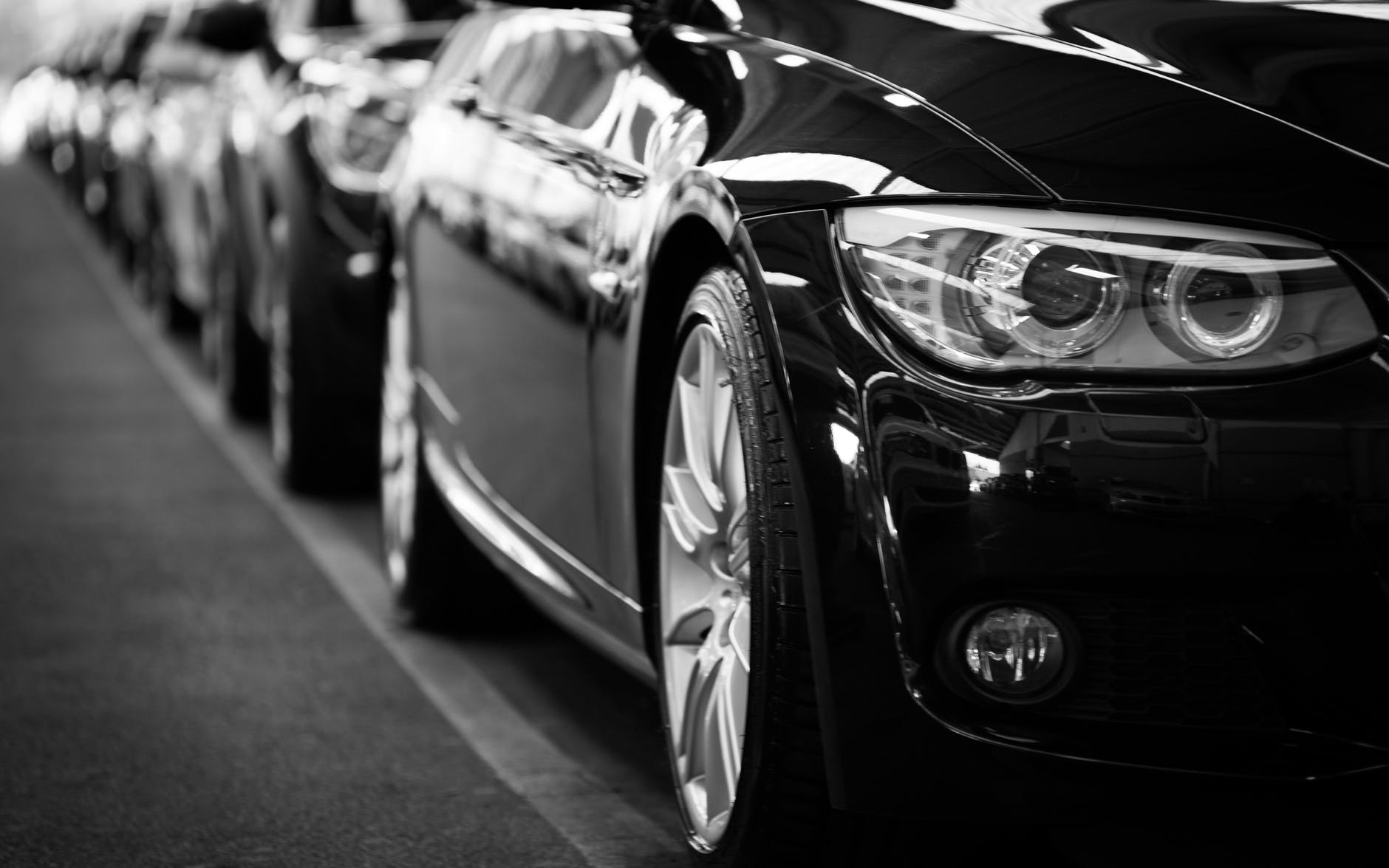 4 Benefits of Using an Airport Transfer Service Reshaping Your Corporate Image with a Corporate Car Second-Hand Car Tips For Buying A Car