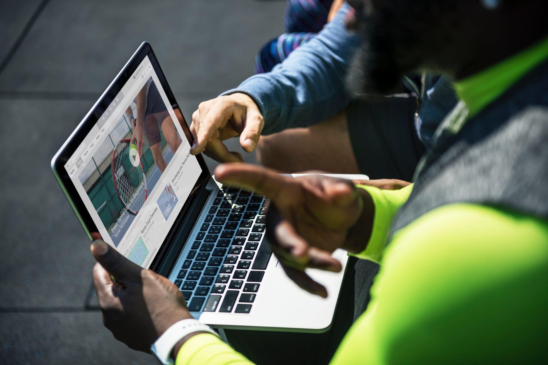 How to Create Effective Customer Testimonial Videos