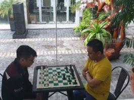 Multisys CEO David Almirol Ryan Ibay UP Varsity Chess Team
