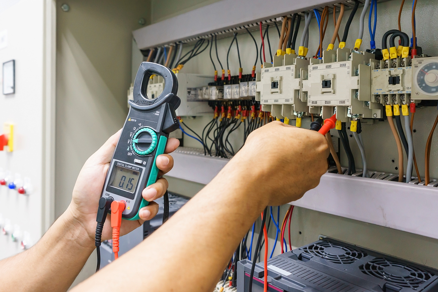How to Expand an Electrical Business electrical repair service