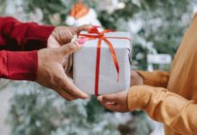 8 Best Gifts With Which You Can Praise Your Mother (1)