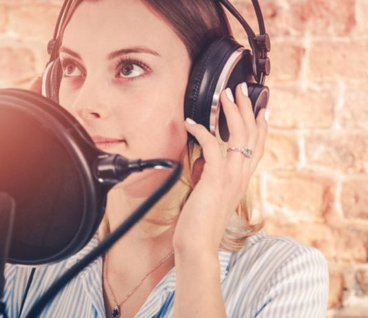 4 High Value Business Benefits of Professional Voice Recordings