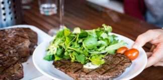 5 Reasons to Love a Bourbon Steakhouse