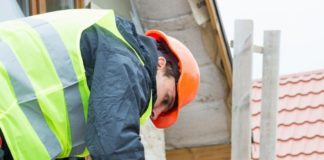 5 Qualities to Look for in a Professional Roofing Contractor