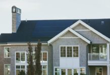 What to Know When Purchasing a Home With Solar Panels