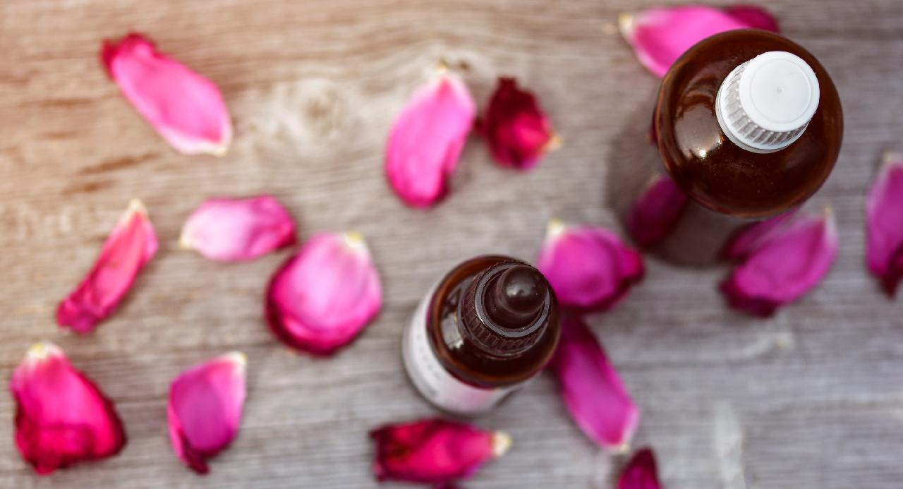 How to Use Essential Oils in Unique Ways
