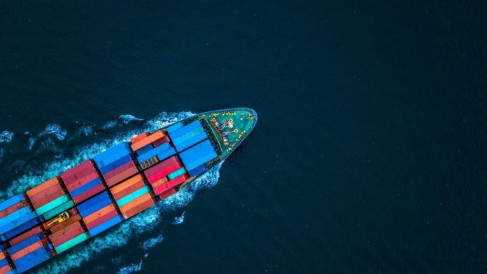 Everything to Consider When Choosing an International Shipping Carrier