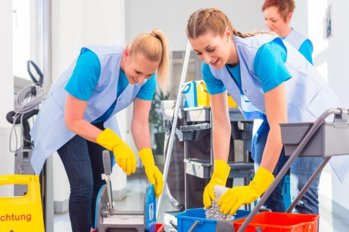 Five Ways Clean Offices Make You and Your Team More Productive
