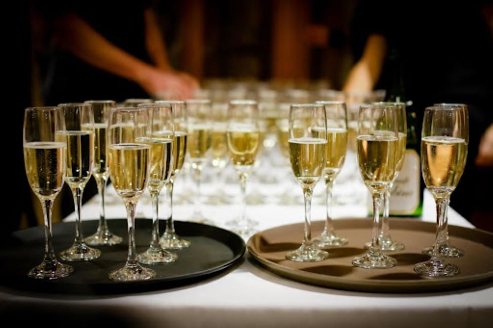 5 Factors to Consider When Hiring an Event Staffing Company